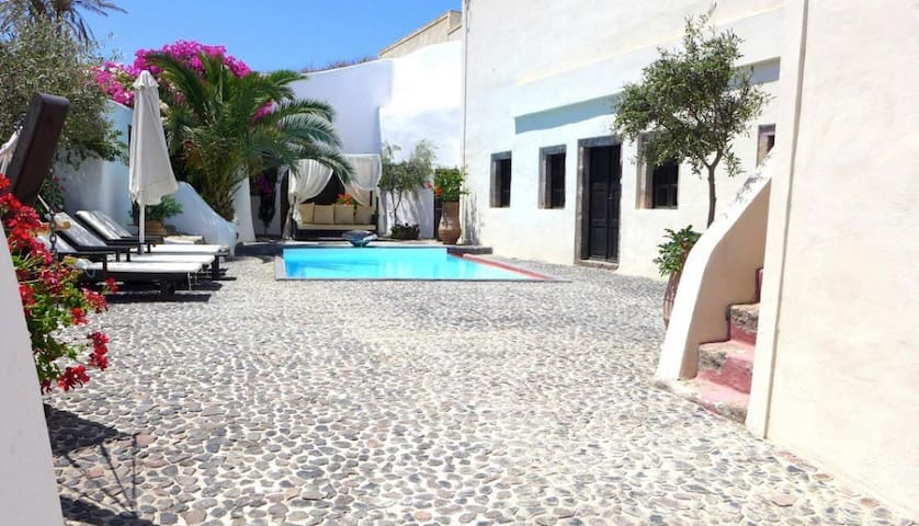 2 bd, beaches, views, modern - Emporio - Villa