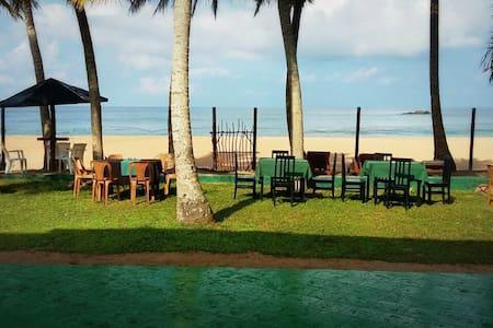 Induruwa - SNS Beach Villa - Induruwa