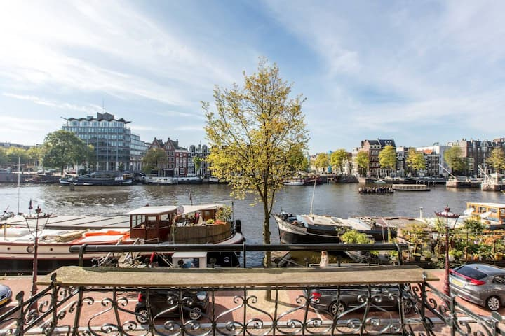 UNIQUE Private Amstel River suite I 2BD (+ Private Bathrooms!) | Canal View