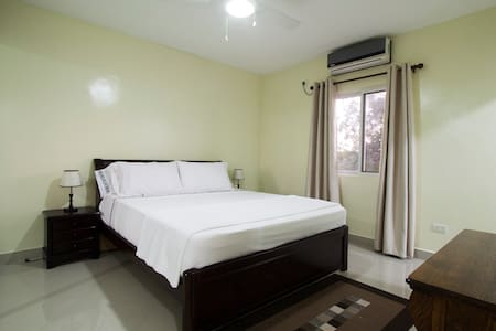Spacious  Suite Room- Apartment - San Pedro,
