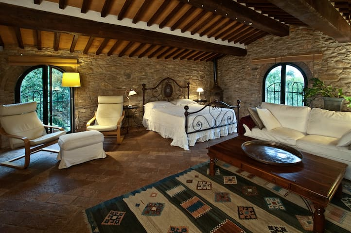 SUITE PIETRAIA - Calci - Bed & Breakfast