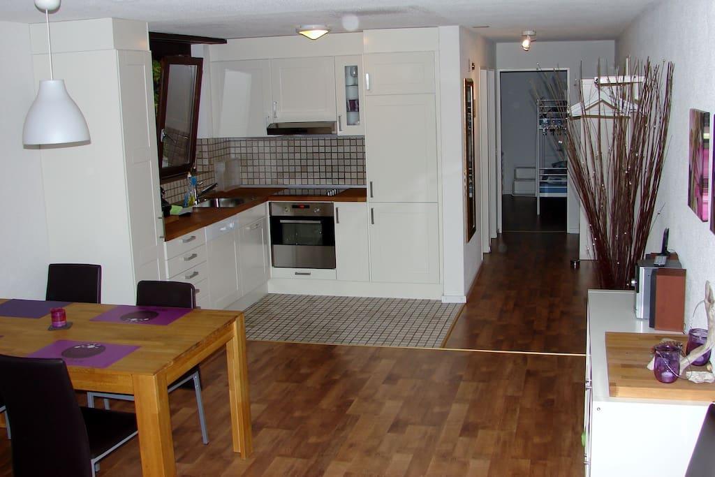Essbereich u. Küche