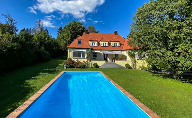 Mountain Dream-House in Bavaria close to Munich!