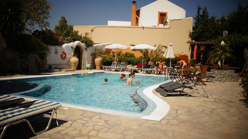 Sea view apts swimming pool TERRA - Lachania - Bed & Breakfast