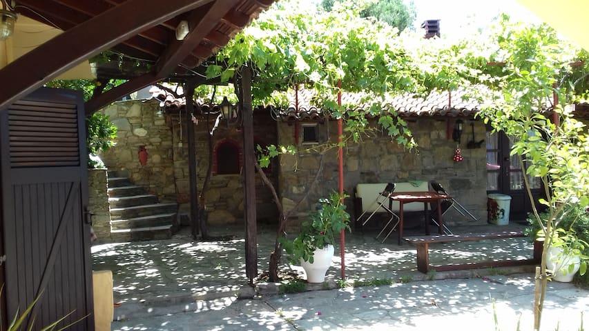 Stone House -Rooms Helena