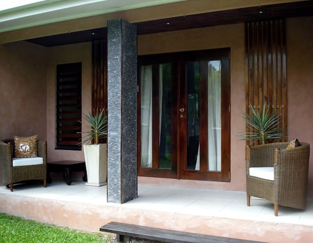 Villa Koh Lanta (4 bed/2 bath) - パームコーブ - 別荘