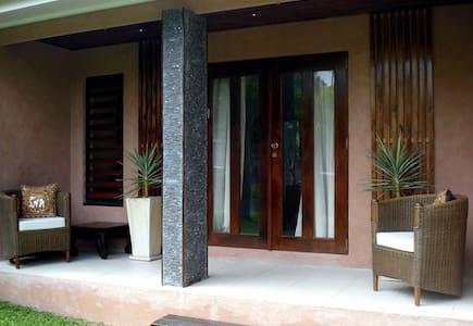 Villa Koh Lanta (4 bed/2 bath) - Palm Cove