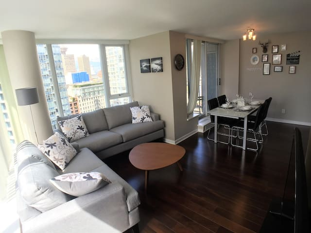 Stylish up to 4 beds with A/C and gorgeous view