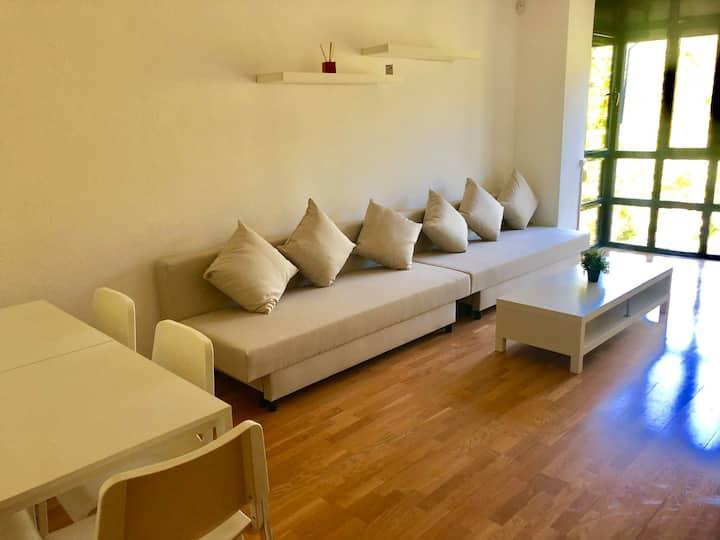 Wonderful apartment Wanda , Ifema , airport