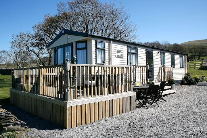Luxury Farm Tranquil Snowdonia Leisure Home