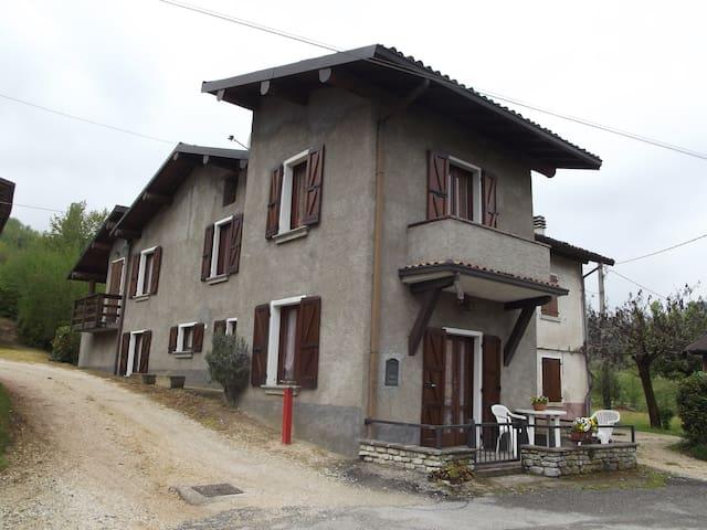 Casa Vacanza Preane - Sabbio Chiese - Hus