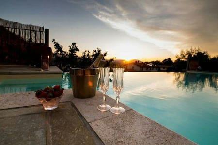 Villa Lolù con piscina privata - Terranuova Bracciolini - Dům