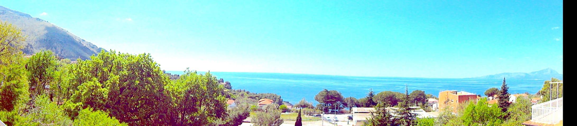 CARDUCCI HOME - gulf view - Acquafredda - อพาร์ทเมนท์
