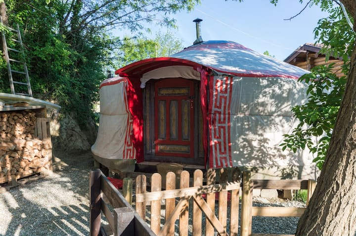 Yurta Soul Shelter