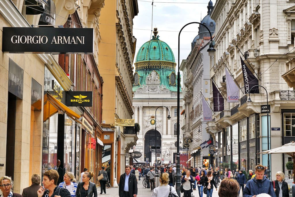 Kohlmarkt - The High Street of Vienna is your address