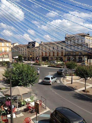studio centre ville de Bergerac - Bergerac - Apartament