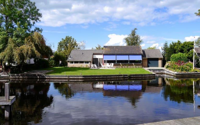 Villa 10 - Boornzwaag - House