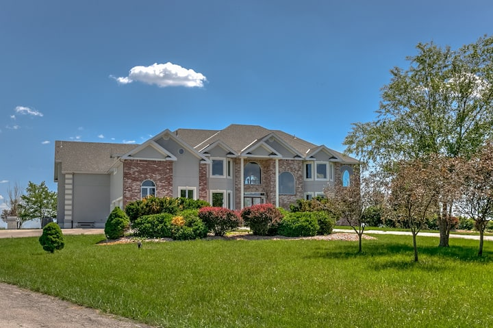 Luxurious Home for Rent in Gretna
