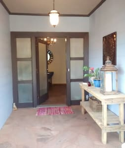Mountain Estate home sleeps 6. Dogs welcome! - Mount Airy - Huis