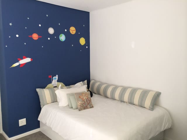 Second bedroom with double bed. Ideal for young boy/children