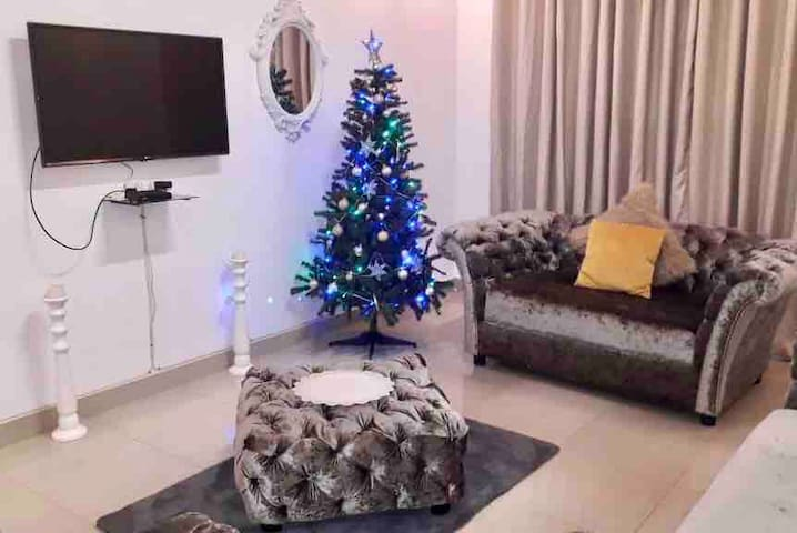 """If your Spending the holidays with us this Christmas am sure you we be very happy with the new addition to our family """"our Christmas tree"""" :)    If you would like for us to take the tree away it's also ok :)"""