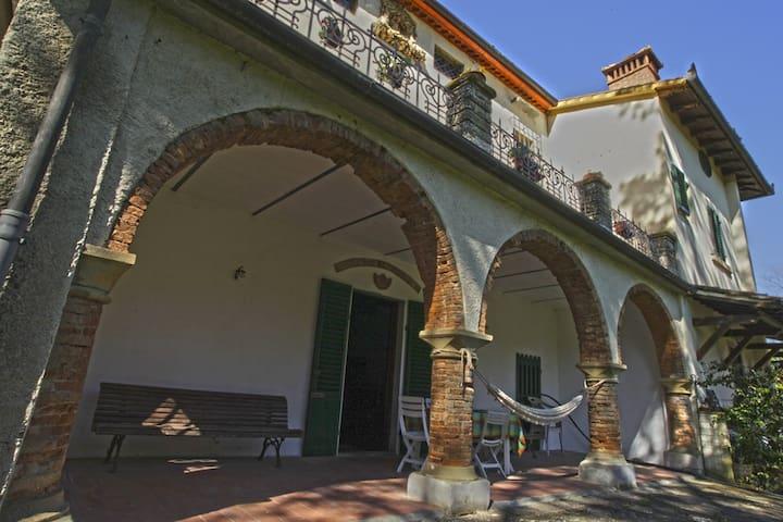 Casa Vacanze VILLASTRULLA - Borgo San Lorenzo - Firenze - Villa