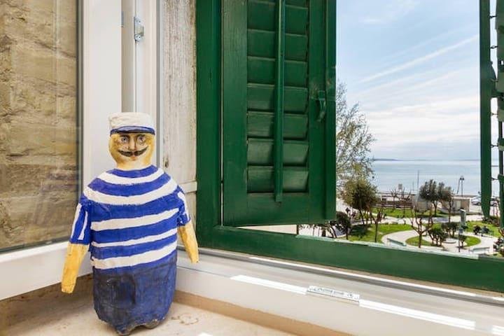 Beautiful sea view apt with balcony - Split - Departamento