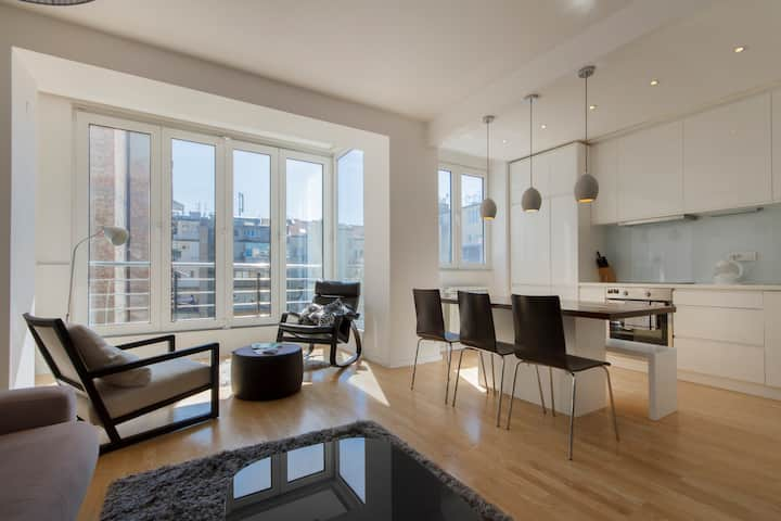 Sophistication + exceptional location = HOME :)