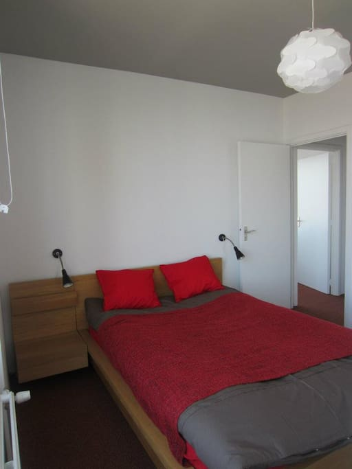 This is the bedroom with a comfortable double bed. Sheets are provided.