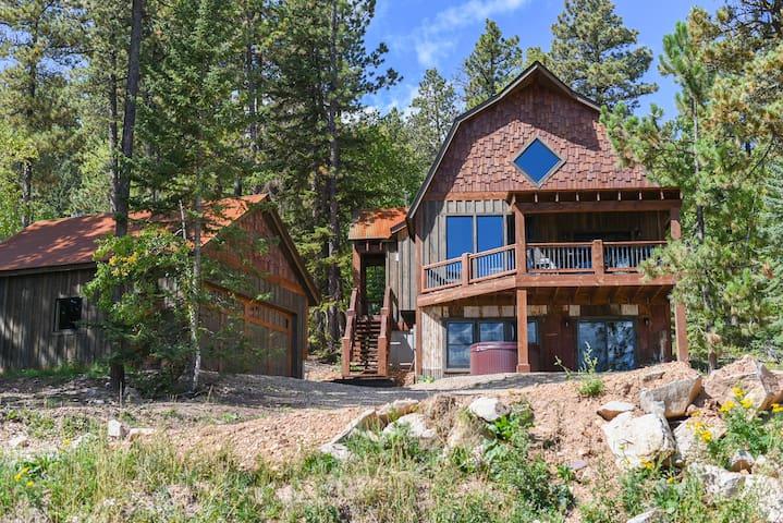 Copperhead Cabin