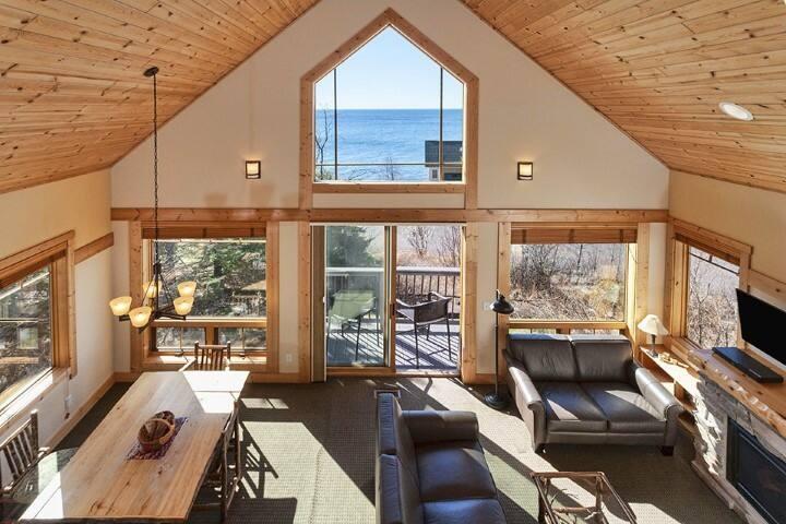 Fjord Southwoods Bunk Cottage
