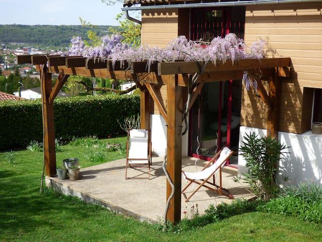 Un gîte au coeur du Périgord ! - Coulounieix-Chamiers - 一軒家
