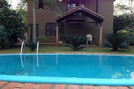 Beautiful house with pool for 11 p