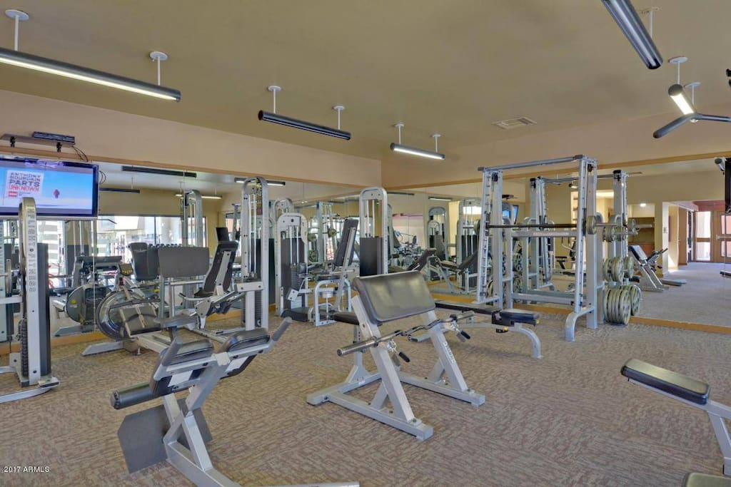 Full gym and 2 pools