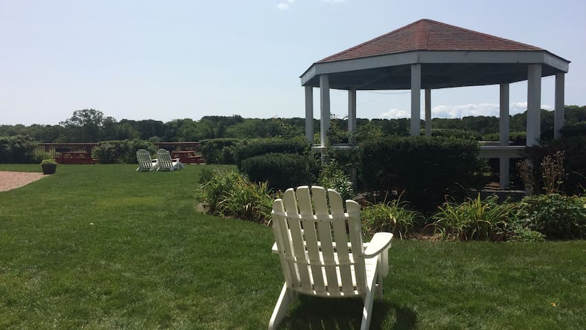 Awesome Cape Cod Condo! 8/23 thru 8/30 ONLY