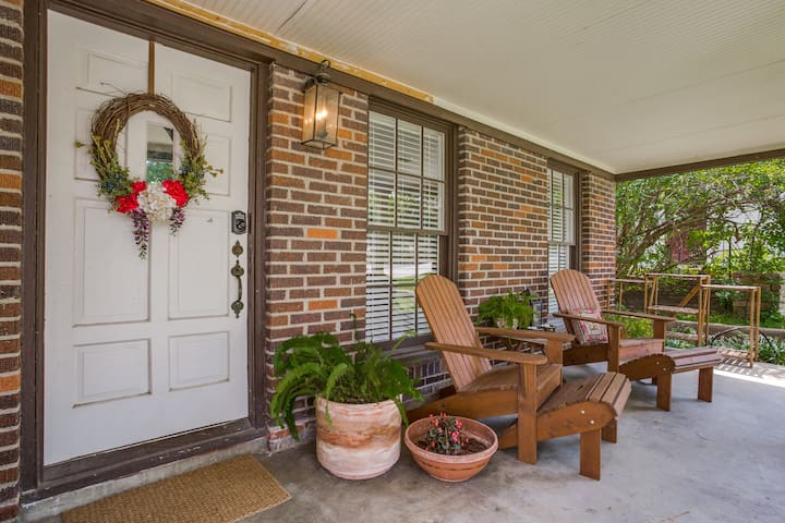 Comfortable Home in a Perfect Location! - Fort Worth - Rumah