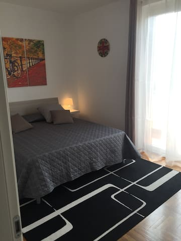 Nice double bedroom really close to the Iseo Lake - Iseo - Wohnung