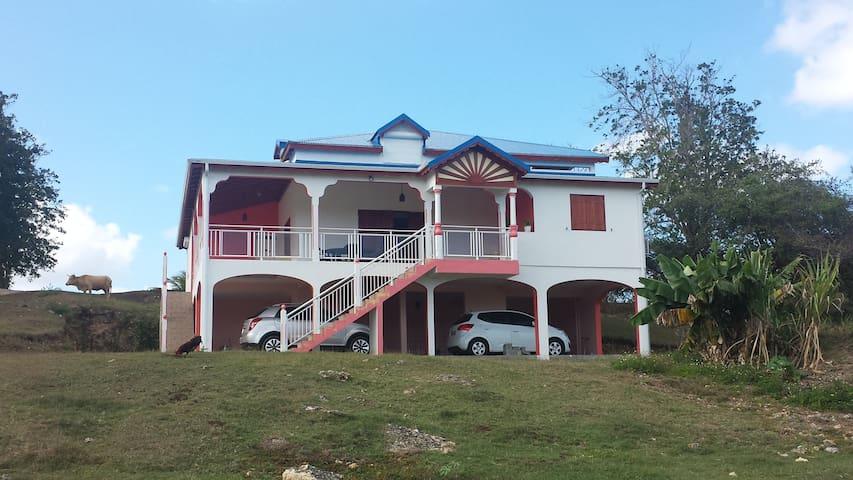 Villa neuve à deux pas de la mer
