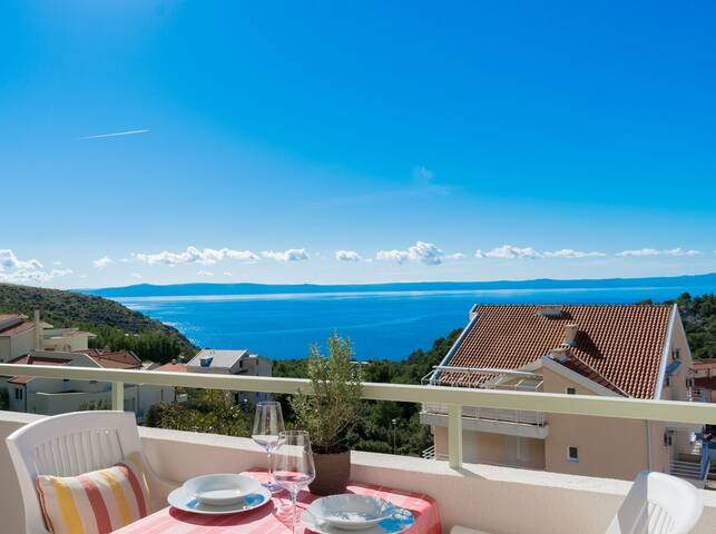 Maslina Apartment with sea view