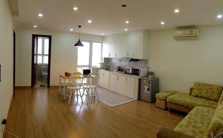 Fully-furnished 2bedroom Apt. near HN National Uni - Mai Dịch - Apartemen