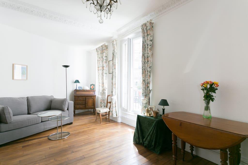 Chambre priv e avec tout le charme de l 39 ancien maison d for Chambre charme paris