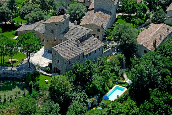 Superior Apartment- Castello Monticelli