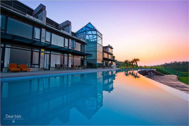 蜻蜓石民宿 Stonbo Lodge 一樓精緻池畔套房
