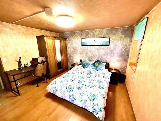 二楼大床房
