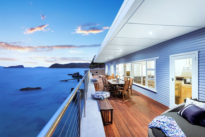 Barrenjoey Beach House Palm Beach ✮✮✮✮✮
