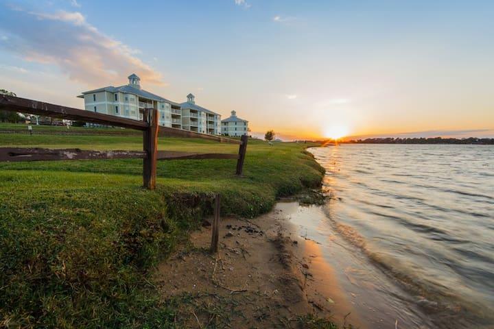 ★Holiday Inn Vacation Club Piney Shores - 2 BDRM★