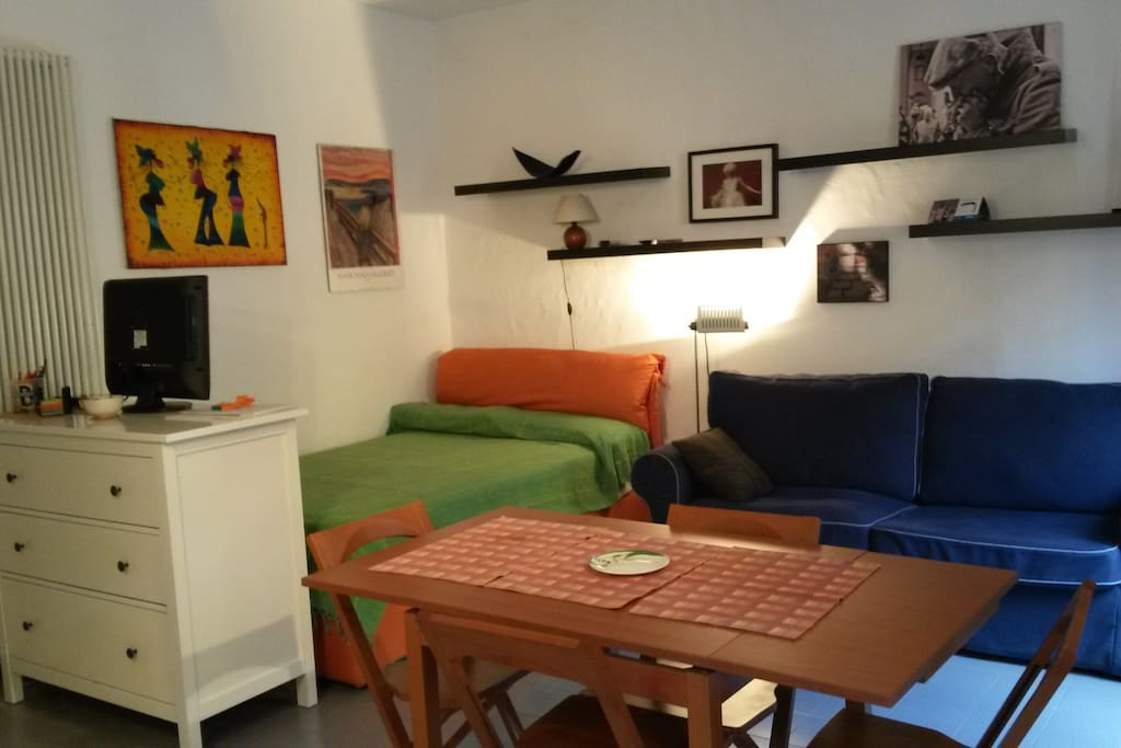 Casa centro storico city centre appartamenti in for Appartamenti affitto milano centro