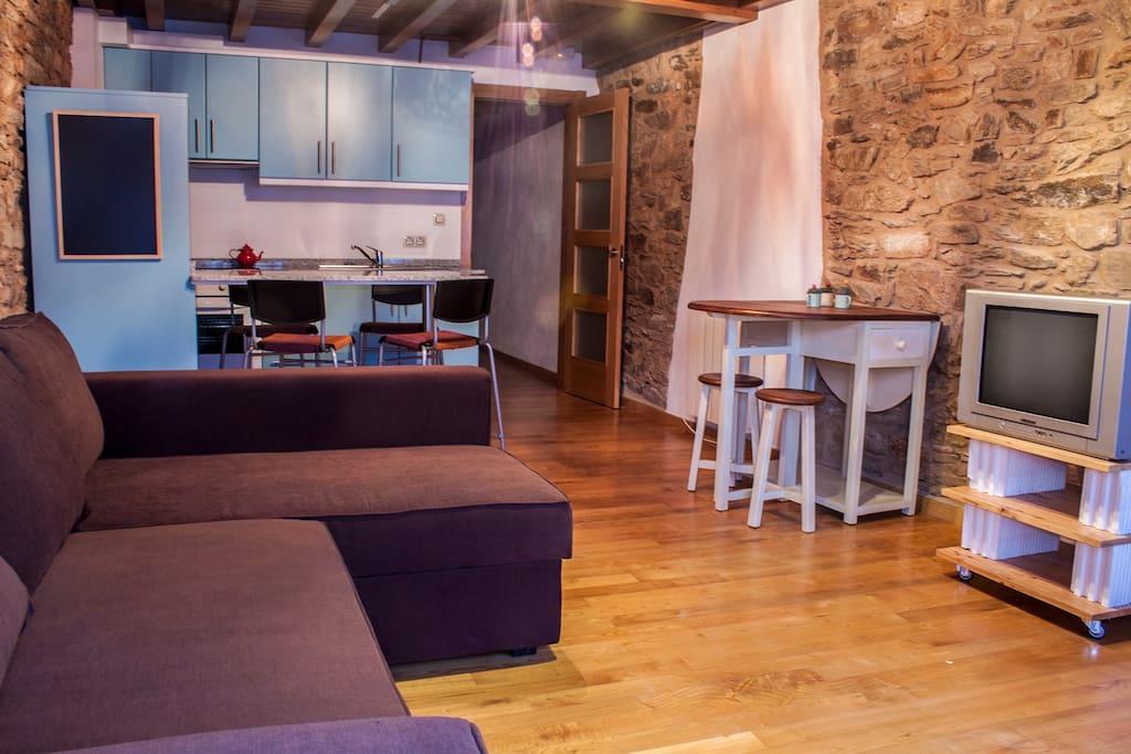 C ntrico edificio apartamentos 14 apartamentos en alquiler en santiago de compostela galicia - Apartamento santiago de compostela ...
