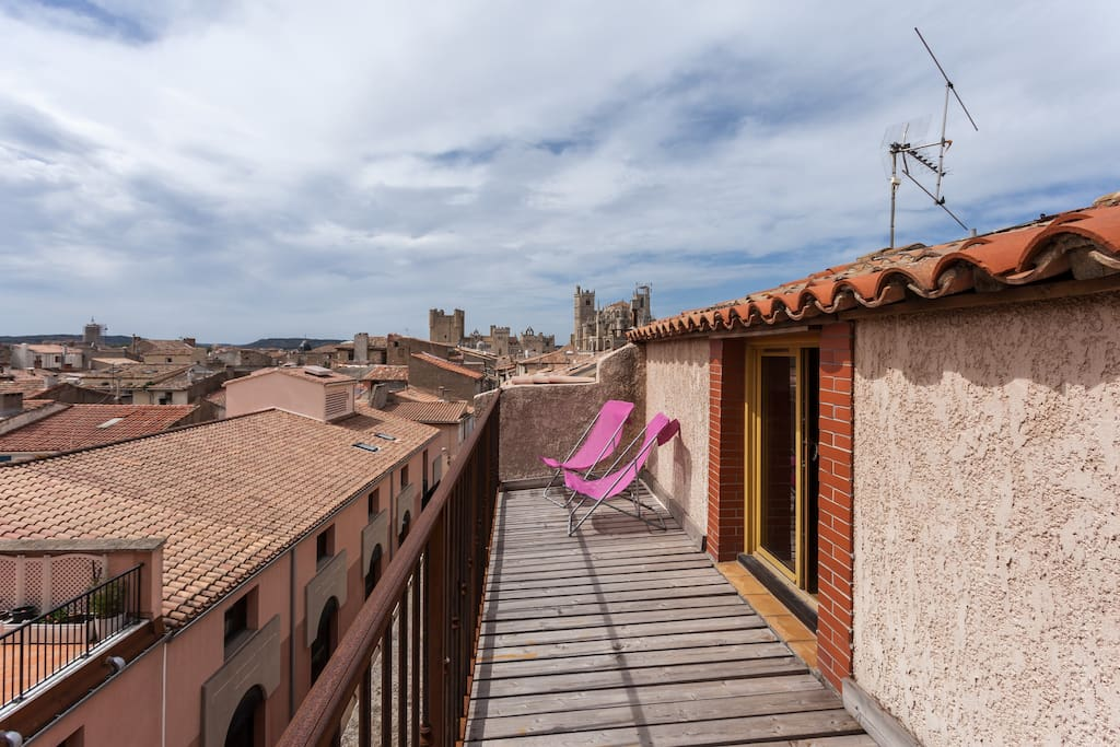 studio lumineux flats for rent in narbonne languedoc roussillon france. Black Bedroom Furniture Sets. Home Design Ideas
