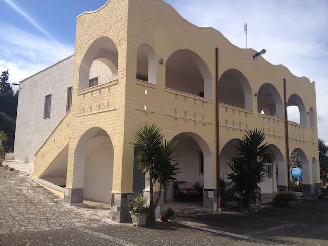 """L'accogliente dimora """"Villa Agnese"""" - locorotondo - Appartement"""